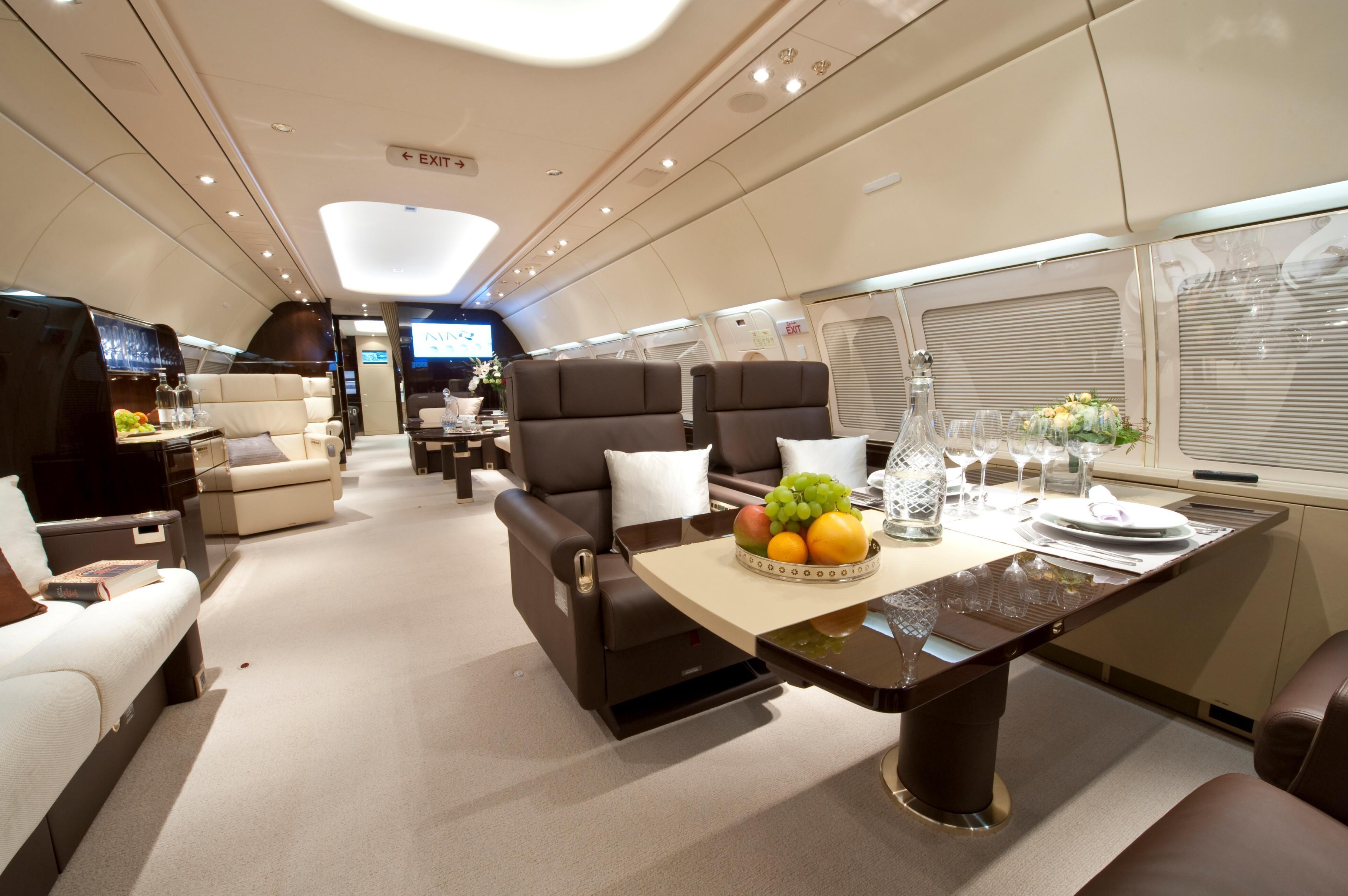 Aereo Privato Lusso : Aviazione interna di lusso di affari degli aerei immagine stock