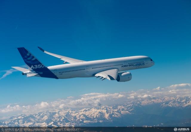 A350_XWB_air_to_air_first_flight_2