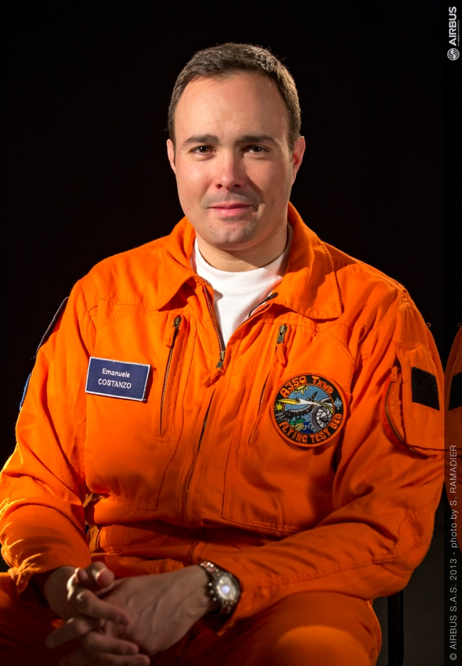 Emanuele Costanzo, lead Flight Test Engineer del motore Trent XWB a bordo del primo volo dell'A350XWB