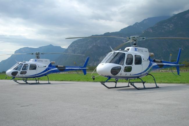 Energia elettrica all'Italia: Terna riceve due elicotteri AS350 B3e di Airbus Helicopters per la manutenzione della rete elettrica del paese (© Sandro Miranda-2014)