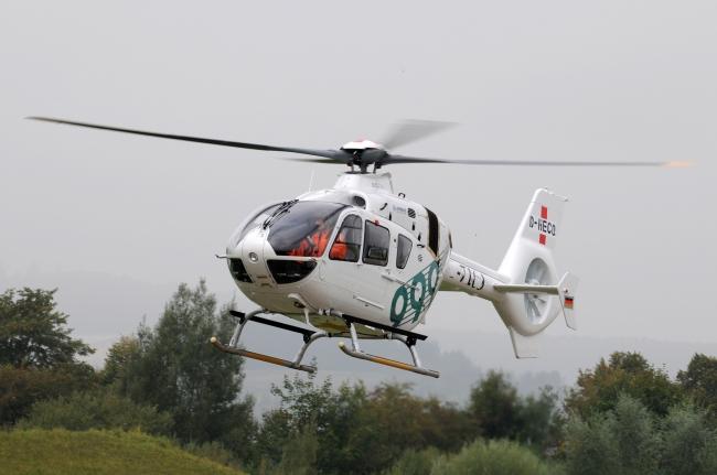 Volo inaugurale dell'EC135 di Airbus Helicopters consegnato in Cina a 999 Center