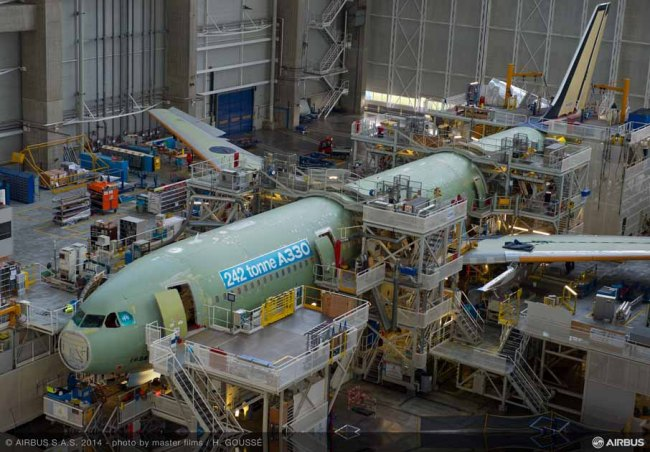 Il primo Airbus A330 da 242 tonnellate di peso massimo al decollo entra nella fase di assemblaggio finale