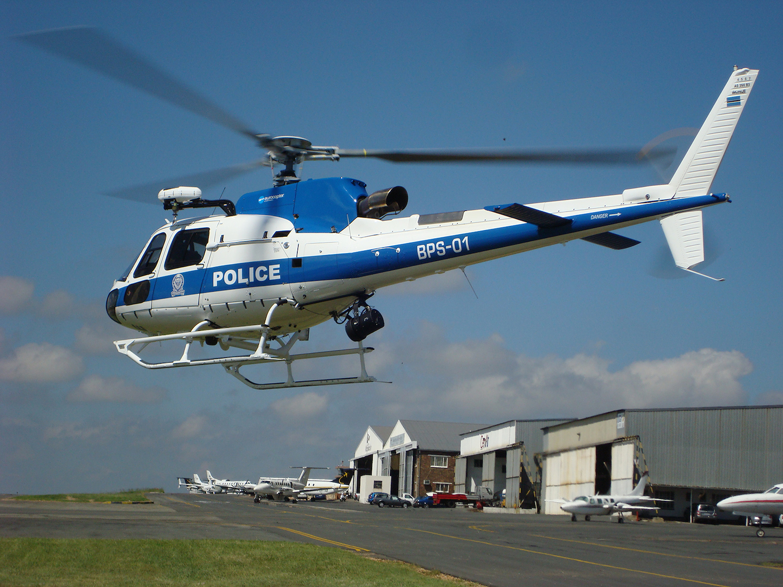 Elicottero 350 : Il servizio di polizia aerea del botswana ordina tre as350 b3e a