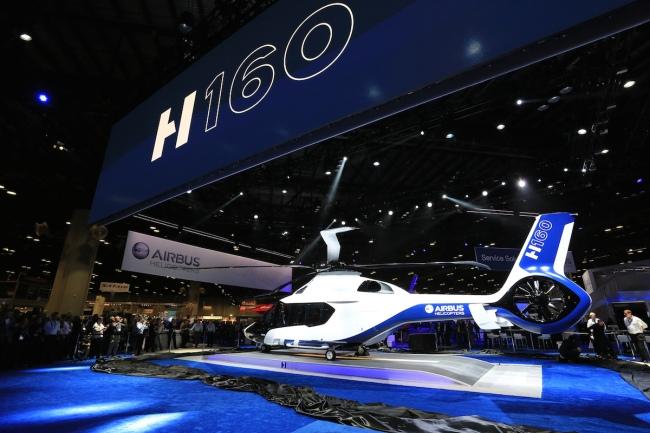 il nuovo H160 di Airbus Helicopters (© Copyright Lorette Fabre - 2015)