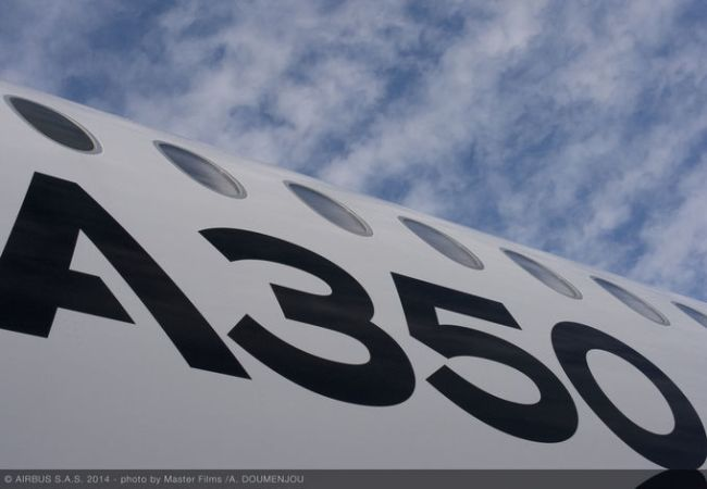 csm_161205-A350_XWB_ROUTE_PROVING_TRIP_3_-_SANTIAGO_-_FUSELAGE_CLOSE_UP_ac3847130c