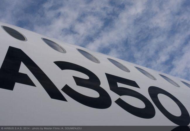 csm_161205-A350_XWB_ROUTE_PROVING_TRIP_3_-_SANTIAGO_-_FUSELAGE_CLOSE_UP_ac3847130c