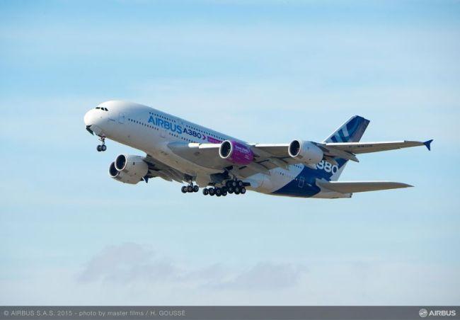 Airbus: primi test di volo per il motore Trent XWB-97 dell'A350-1000 sul banco di prova A380