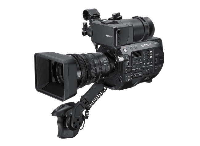 Nuovo camcorder FS7 II.jpg