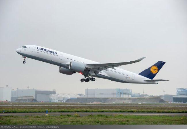 Lufthansa riceve il primo aeromobile Airbus A350